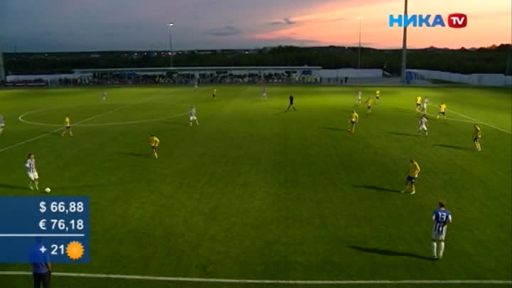 Красивый закат иинтересный футбол: Настадионе «Спутник» калужане сыграли сКрасногорском
