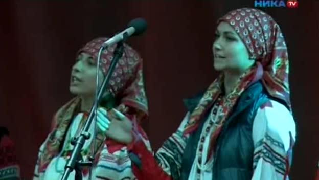 В Гостином дворе прошел концерт фольклорного творчества «Музыкальные краски сентября»