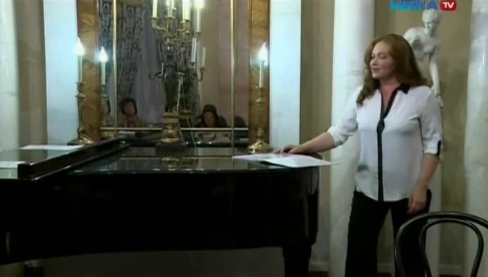 Солистка театра «Геликон-опера» Ирина Самойлова выступила в Калуге с моноспектаклем