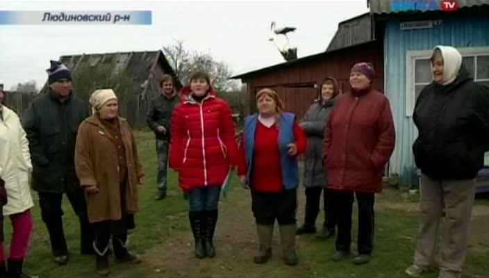 Жители деревни Игнатовка Людиновского района мёрзнут, глядя на новые трубы, счетчики и котлы