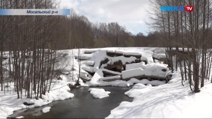 Жители деревни Бурмакино Мосальского района добились строительства нового моста